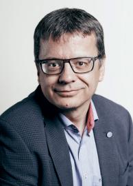 Dr. Frank Brozowski