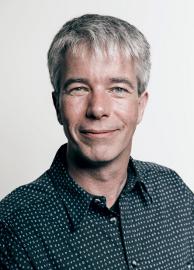 Dr. Ralf-Peter Weber